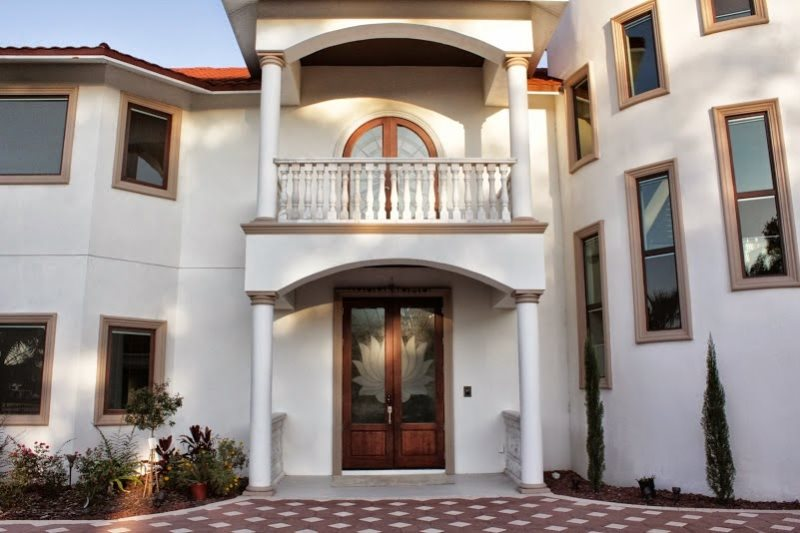 Entrance Lotus door