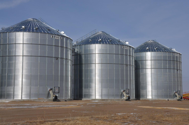 Brock Grain Bins Donlin Building